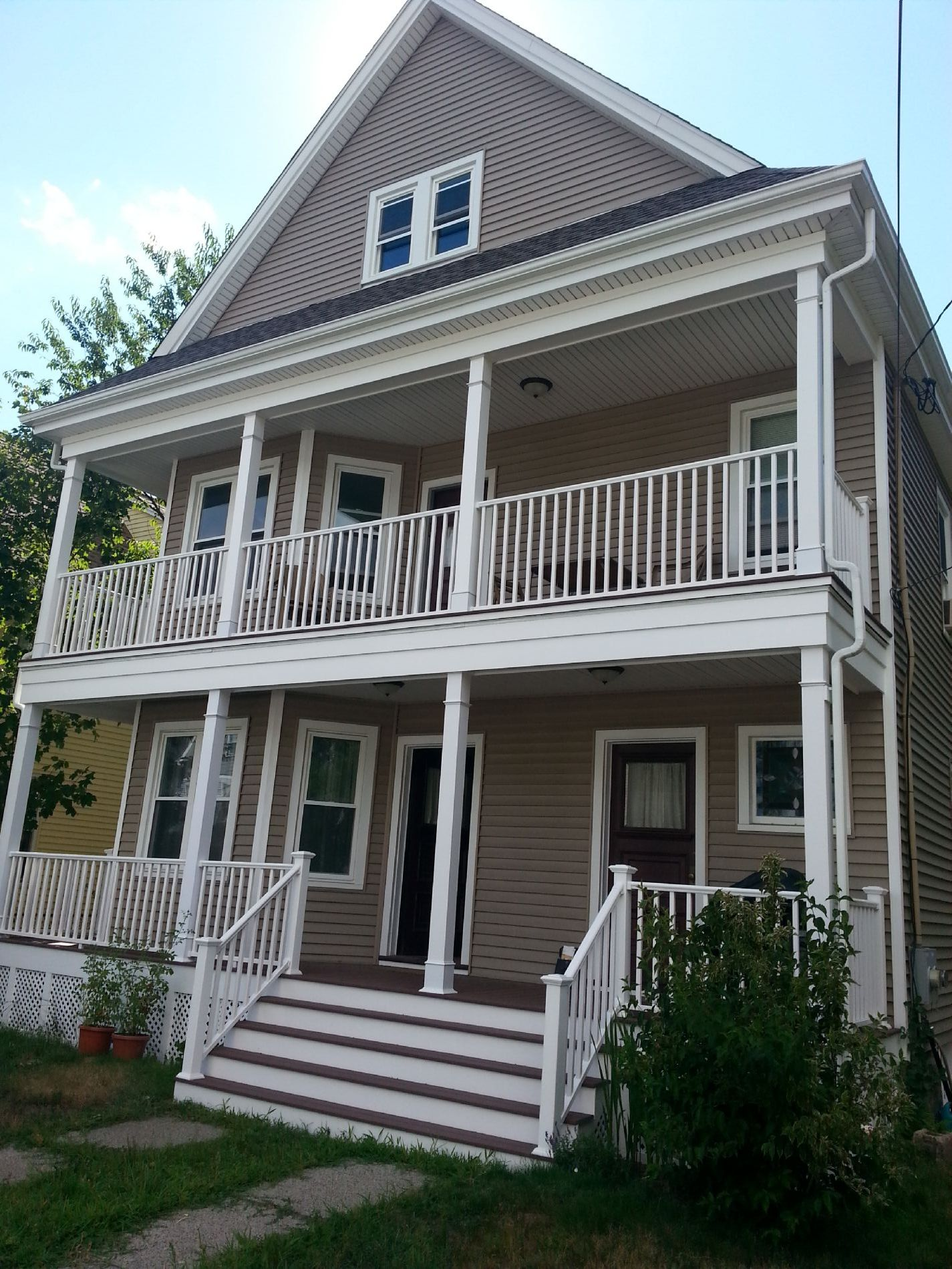 Medford Home, MA Real Estate Listing