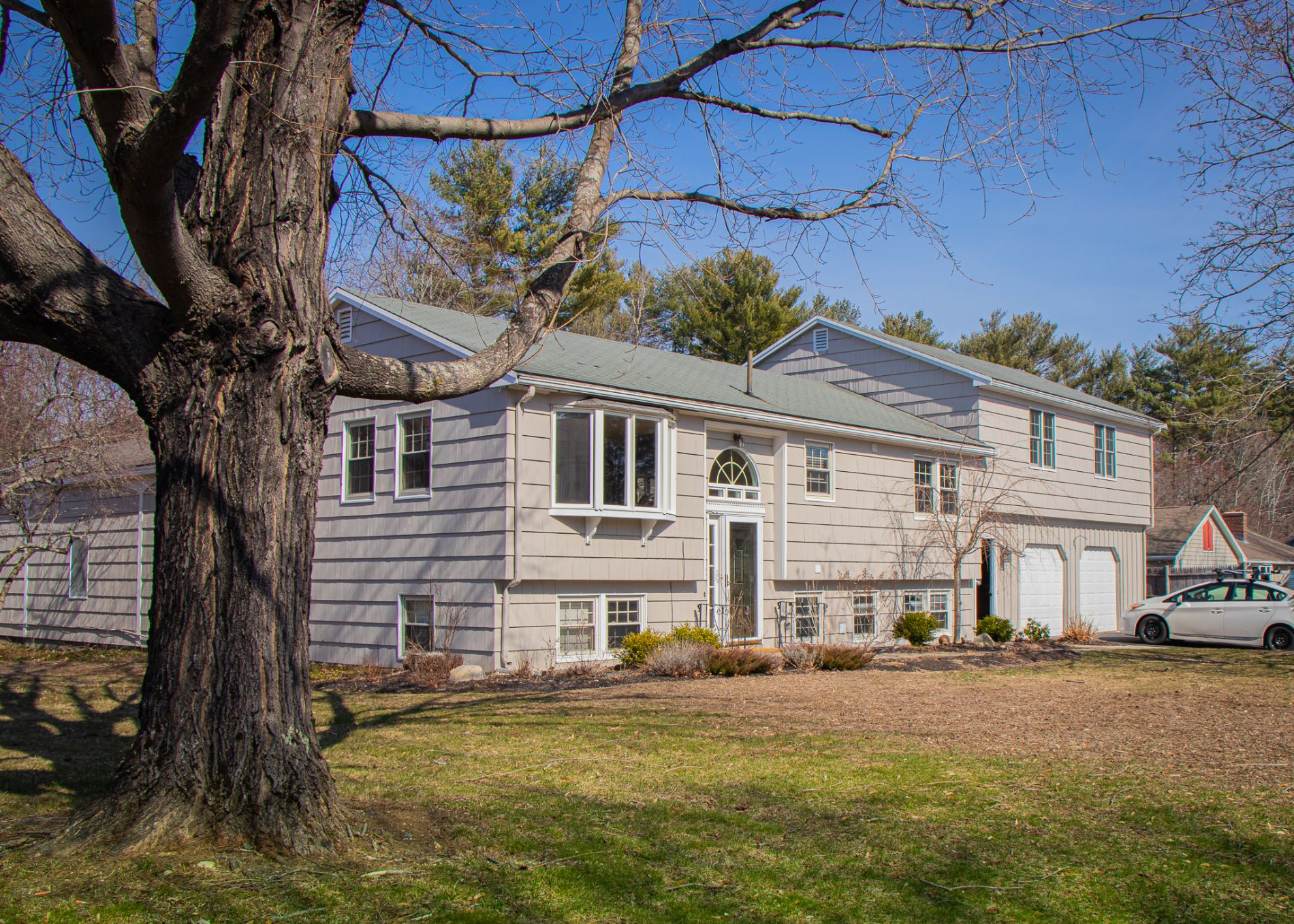 Cumberland Home, ME Real Estate Listing